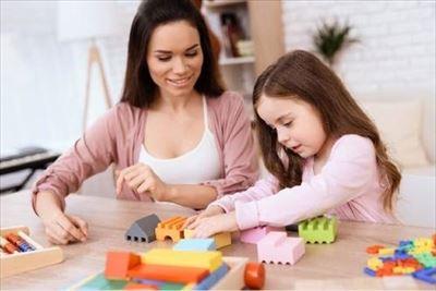 דרושים מטפלות ומשק בית