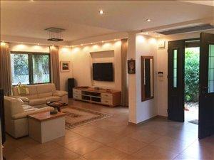 בית פרטי למכירה 6 חדרים בבנימינה