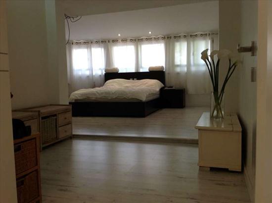 דו משפחתי למכירה 8 חדרים בתל אביב יפו 6רביבים  www.yokra-estate.co.il
