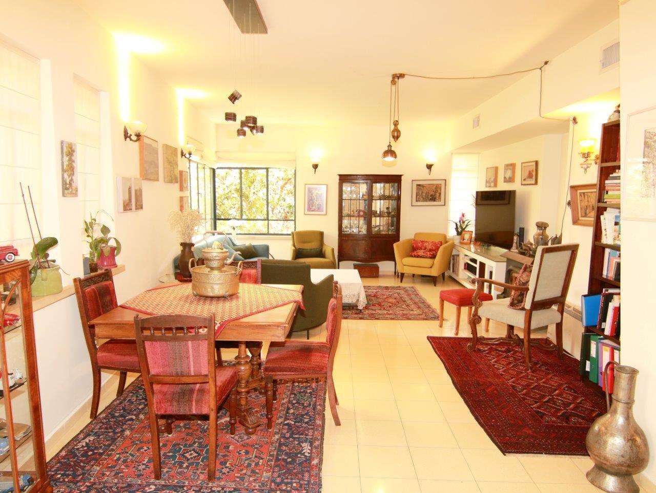 בית פרטי למכירה 8 חדרים בירושלים בית מושקע עם יחידת דיור
