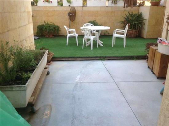 דירת גן למכירה 6 חדרים בפתח תקווה דירת גן מושקעת