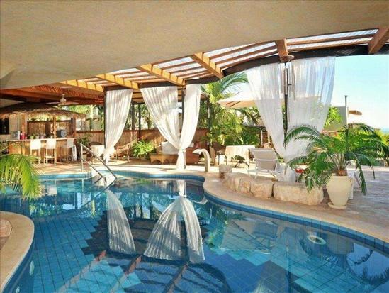 וילה למכירה 10 חדרים בכורזים כורזים www.yokra-estate.co.il