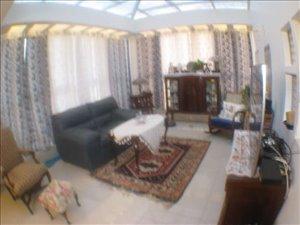 דירת גג למכירה 8 חדרים בפתח תקווה בן יהודה