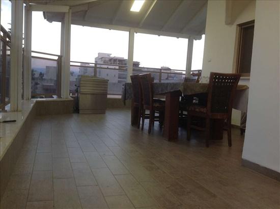 פנטהאוז למכירה 6 חדרים בנהריה מרכז