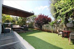 בית פרטי למכירה 8 חדרים בראשון לציון       www.yokra-estate.co.il