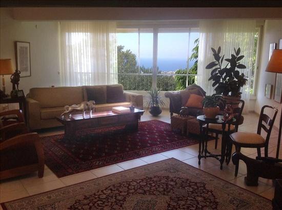 בית פרטי למכירה 6 חדרים בחיפה כרמל מערבי נוף פתוח לים