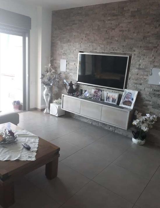 דירה למכירה 4 חדרים בפתח תקווה נוה גן דנקנר