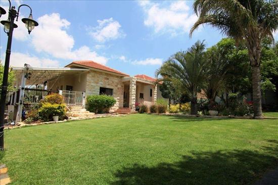 וילה למכירה 6 חדרים בגבעת ניל''י  www.yokra-estate.co.il