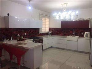 דירת גג למכירה 6 חדרים בפתח תקווה הרב פינטו