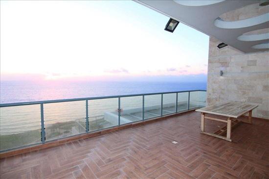 פנטהאוז למכירה 6 חדרים בנתניה www.yokra-estate.co.il