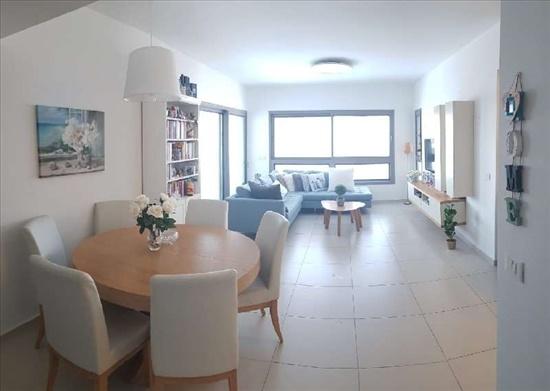 דירה למכירה 4 חדרים בפתח תקווה אם המושבות החד יעל רום