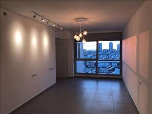 דירה למכירה 3.5 חדרים בבת ים שדרות בר אילן