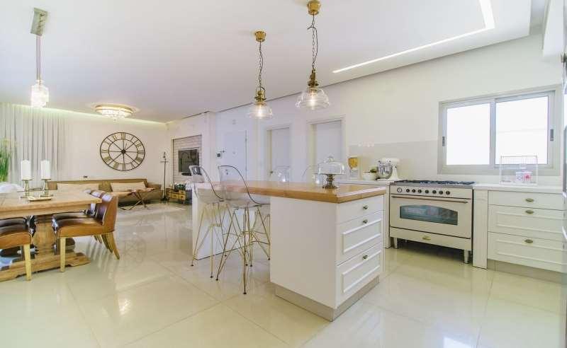 פנטהאוז למכירה 4 חדרים בפתח תקווה אורלוב