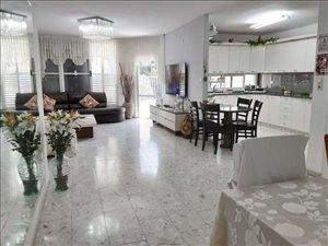 דירה למכירה 5 חדרים בפתח תקווה פנחסי