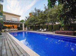 וילה למכירה 10 חדרים בראשון לציון www.yokra-estate.co.il