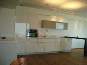 דירה למכירה 3 חדרים ברמת גן פונה לים  מדהימה אחת ויחידה מושקעת  דרך מנחם בגין מגדל סיטי טאוואר לאונארדו