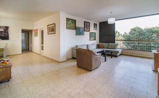דירה למכירה 5 חדרים בהרצליה הירוקה י.ל ברוך