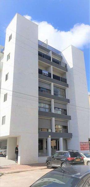 דירה למכירה 4 חדרים בפתח תקווה אורלנסקי