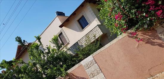 בית פרטי למכירה 10 חדרים בפתח תקווה קרית אלון