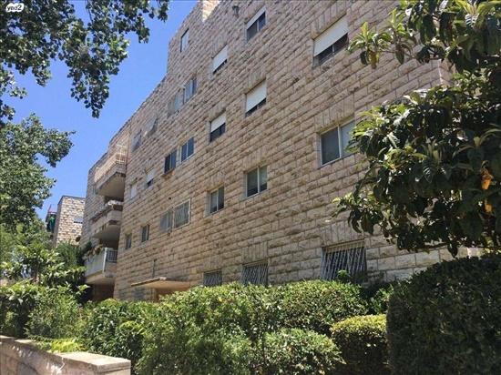 דירה למכירה 4 חדרים בירושלים טלביה אחד העם