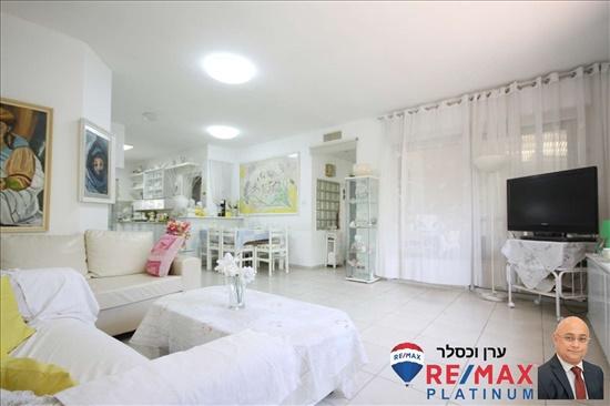 דירה למכירה 4 חדרים באור יהודה נווה סביון שדרות בן גוריון