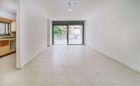 דירה למכירה 4 חדרים בפתח תקווה קרול גרינשטיין