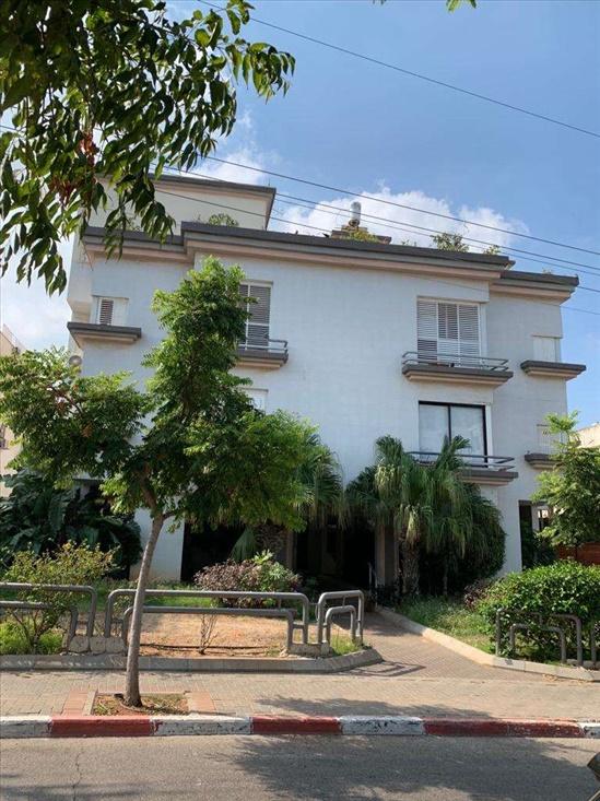 פנטהאוז למכירה 5 חדרים בהרצליה הרצליה הצעירה ברנר