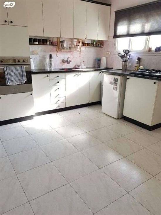 דירה למכירה 3 חדרים בבת ים רמת יוסף הציפורנים