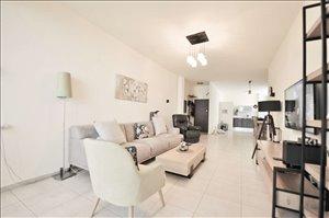 דירה למכירה 4 חדרים בחולון יהושע חנקין 36