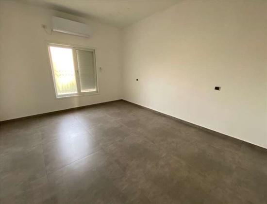 בית פרטי למכירה 8 חדרים בפתח תקווה קרול קרול