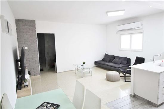 דירה למכירה 4.5 חדרים בבת ים רמת יוסף תנין