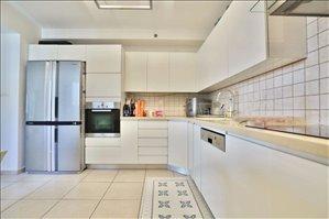 דירה למכירה 4 חדרים ביהוד מונוסון דרך משה דיין
