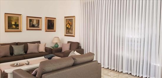 בית פרטי למכירה 6 חדרים ברמת גן קריית קריניצי