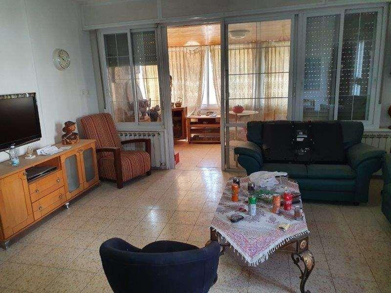 דירה למכירה 4.5 חדרים בירושלים תלפיות רבקה