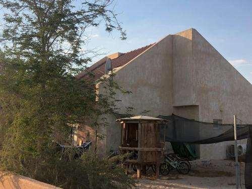 משק חקלאי למכירה  חדרים בעין תמר