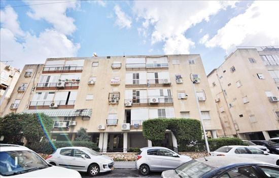 דירה למכירה 3.5 חדרים בבת ים שיכון ותיקים בר יהודה
