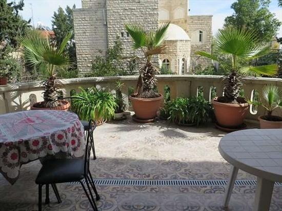דירה למכירה 4 חדרים בירושלים טלביה חובבי ציון