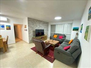 דירה למכירה 4.5 חדרים בפתח תקווה הצנחנים