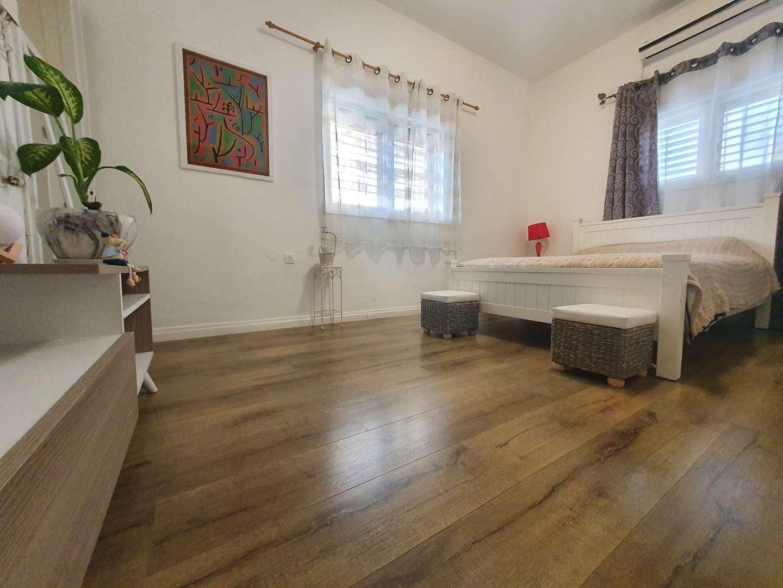 דירה למכירה 3 חדרים ברמת גן מרכז נתן