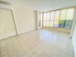 דירה למכירה 2.5 חדרים בפתח תקווה מוהליבר