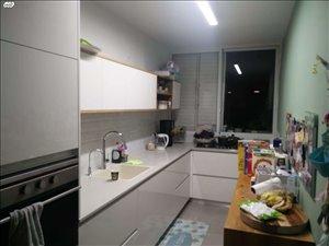 דירה למכירה 4 חדרים בראשון לציון הרצל