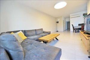 דירה למכירה 4 חדרים בראשון לציון רשי