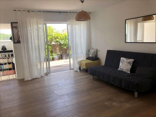 דירת גג למכירה 3 חדרים בתל אביב יפו לב העיר מזא''ה