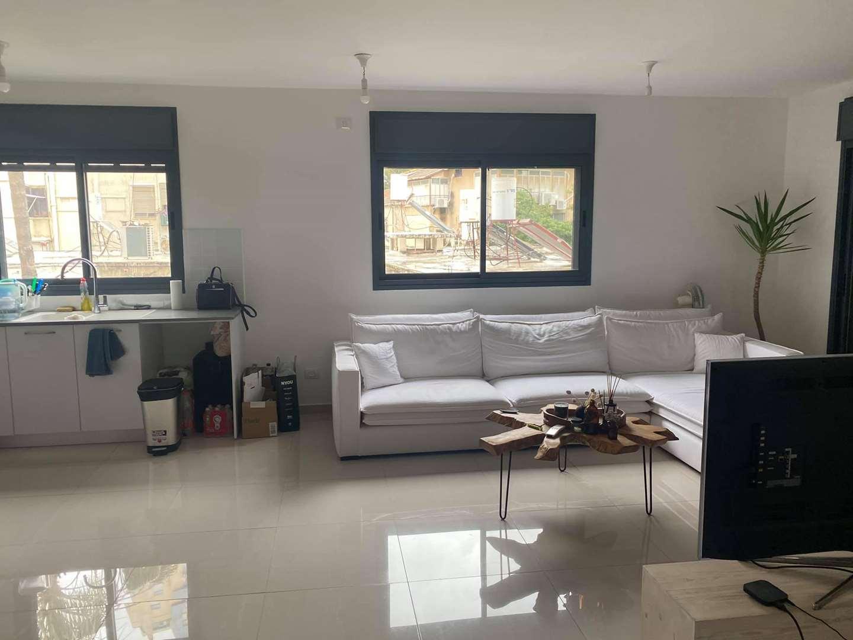 דירה למכירה 4 חדרים ברמת גן 9ארלוזורוב ארלוזורוב