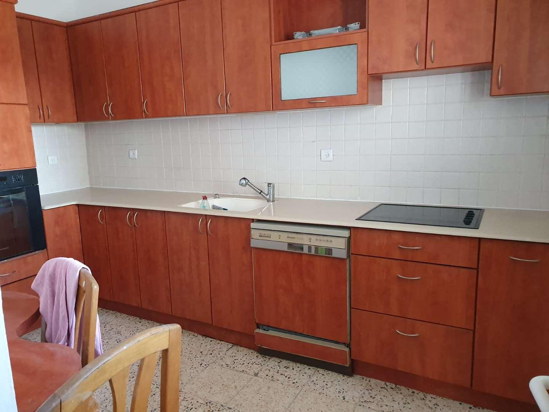 דירה למכירה 3.5 חדרים בפתח תקווה הנרייטה סולד