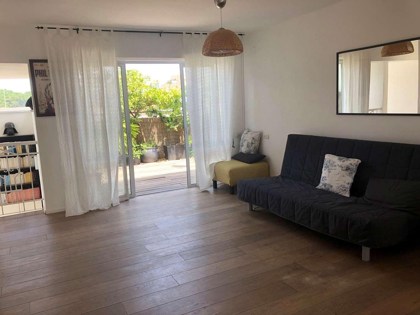 דופלקס למכירה 3 חדרים בתל אביב יפו מזא''ה