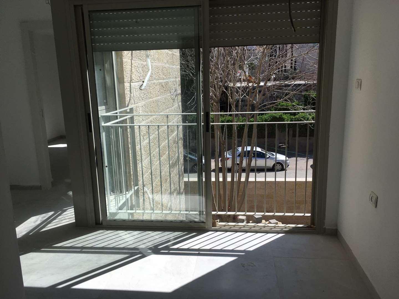 דירה למכירה 4 חדרים בירושלים בקעה נפתלי