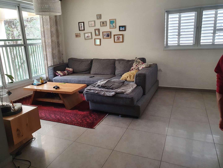 דירה למכירה 4.5 חדרים בפתח תקווה שפירא