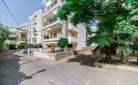 דירה למכירה 4 חדרים בהרצליה הירוקה החלוץ
