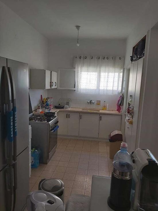 דירה למכירה 3 חדרים בחדרה מרכז העיר